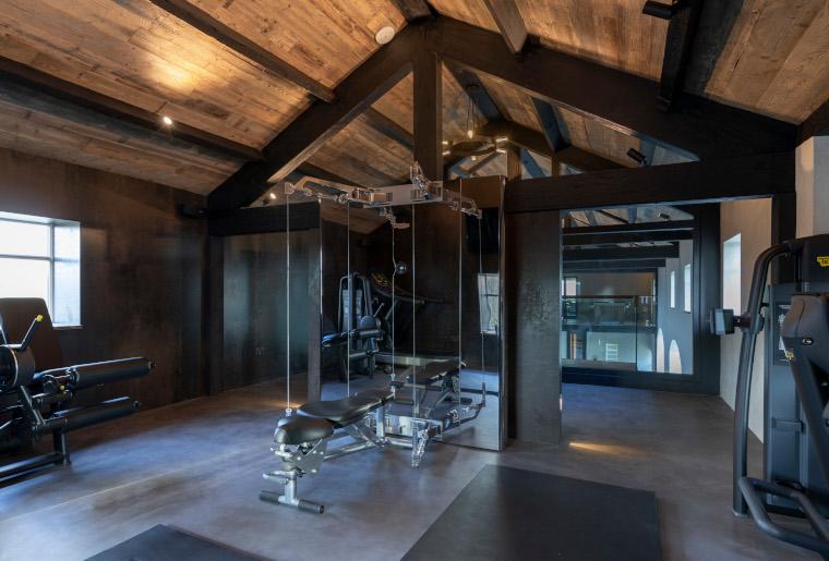 Home gym by Design Emporium